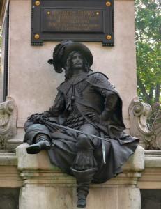 Д`Артаньян на памятнике Дюма.